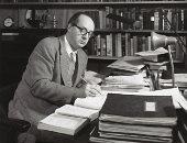كاتب من روسيا.. عداء فلاديمير نابوكوف لـ الاتحاد السوفيتى والكتابة بالإنجليزية
