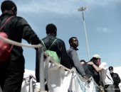 ليبيا تنقل مهاجرين حوصروا فى اشتباكات طرابلس بمساعدة الأمم المتحدة