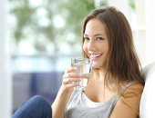 7 نصائح هتقولك ازاى تحمى نفسك من العطش وجفاف البشرة فى الصيف