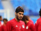 لاعبو بيراميدز يهنئون علي جبر بعد الاتفاق على انتقاله للأهلى