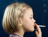 دراسة: الأطفال الذين يعيشون في المناطق الفقيرة أكثر عرضة لتدخين السجائر