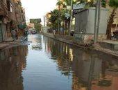 مياه الصرف تغرق شارع طلعت حرب بالمحلة الكبرى ومطالب بصيانة الشبكة
