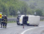 صور.. إصابة 12 شخصًا إثر انقلاب شاحنة تقل مهاجرين فى شمال غربى كرواتيا