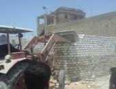 حملة لإزالة التعديات على أراضى أملاك الدولة بقرية الغرق بإطسا فى الفيوم