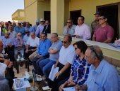 صور .. وزير الزراعة ومحافظ المنيا يتفقدان مشروع استزراع الـ20 ألف فدان