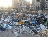 قارئ يرصد انتشار القمامة أمام مدرسة كورونا التجريبية بالإسكندرية