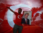 """الإحباط يهيمن على الأتراك..كاتبة تركية: فوز أردوغان بالانتخابات أدمى قلوبنا ولكن لن نفقد الأمل بعد توحيد صفوفنا ضده.. المعارضة تخشى تعزيز """"الديكتاتور"""" قبضته.. ومنافسه """"إنجه"""": مقبلون على فترة من حكم الرجل الواحد"""