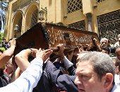 وزير الرياضة و الخطيب وحسن شحاتة فى جنازة عبد الرحيم محمد