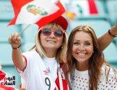 احتفالات حماسية لمشجعى بيرو وأستراليا قبل مباراة منتخبيهما بالمونديال
