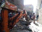 الانتهاء من إصلاح كسر بماسورة مياه بشارع بورسعيد فى الأميرية