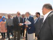محافظ القاهرة: استكمال تطوير عزية الهجانة والارتقاء بكافة الخدمات الأساسية