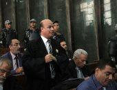 """21 محطة بمحاكمة بديع و738 آخرين بـ""""فض اعتصام رابعة"""" بعد إحالة 75 للمفتى"""