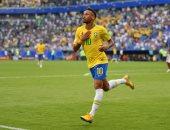 """فيديو.. """"هاتريك"""" يفصل نيمار عن وصافة بيليه التاريخية مع البرازيل"""