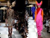 المصمم بيتراند جايون يتألق فى عرض أزيائه بعاصمة الموضة باريس