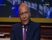 فيديو.. اللواء محمد مشهور يحبس دموعه على الهواء وهو يتحدث عن نجله الشهيد