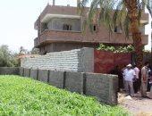 صور.. إزالة 14 حالة تعدى على الأراضى الزراعية بمدينة سوهاج