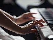 دراسة بريطانية: الحفلات الموسيقية تزيد العمر الافتراضى للإنسان