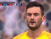 فيديو.. حارس فرنسا يبتلع حشرة أمام أوروجواى