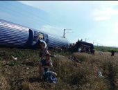 الدفع بـ18 سيارة إسعاف وإنقاذ برى بمحيط انقلاب القطار اﻹسبانى فى البدرشين