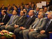 14 رسالة من وزير التنمية المحلية لرؤساء الأحياء والمدن لحل مشاكل  المواطنين