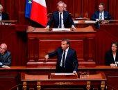 ماكرون: لا سبب على الاطلاق لتصبح العلاقة بين فرنسا والإسلام صعبة - صور