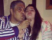 ابنة هانى مهنى تحيى الذكرى الثالثة لوفاة الفنان سامى العدل