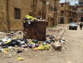 قارئ يشكو من تراكم القمامة ومخلفات البناء بشارع الكورنيش فى أسوان