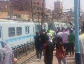 شكوى من تأخر حركة قطارات مترو الخط الأول وتكدس المواطنين على الأرصفة