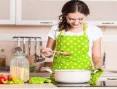 سيبى روحك واطبخى.. 91% من الفرنسيات يفضلن إعداد الطعام على أنغام الموسيقى