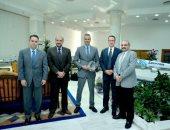 رئيس مصر للطيران يستقبل وفد بوينج العالمية لبحث خطوة تطوير الأسطول