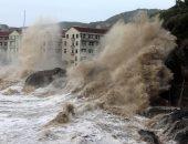 صور.. إجلاء 8 آلاف شخص وإغلاق مدارس ومصانع بسبب إعصار ماريا شرقى الصين