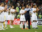 فيديو.. جماهير إنجلترا تدعم المدرب ساوثجيت رغم الخروج المونديالي