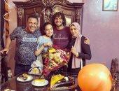 """محمد الننى يحتفل بعيد ميلاده: """"الفرحة وسط أهلك متساويش كنوز الدنيا"""""""