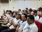 أخبار × 24 ساعة.. حافز مادى لطلاب جامعة بورسعيد لمحو أمية 8 دارسين