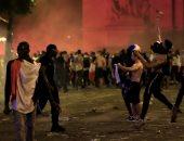 فيديو.. اشتباكات بين الشرطة ومثيرى الشغب بفرنسا خلال احتفالات كأس العالم