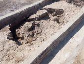 صور.. انهيار مقابر المعمارية فى أسوان بسبب خزانات الصرف الصحى