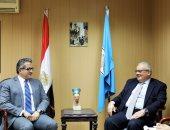 سفير إيطاليا يزور خالد العنانى ويقترح فاترينة عرض لمومياء توت عنخ آمون