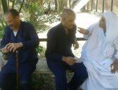 السجناء يستقبلون ذويهم فى زيارة استثنائية بمناسبة ذكرى 23 يوليو