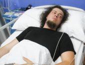 """ساحر تركى لدغته كوبرا يتلقى العلاج بـ""""قصر العينى"""" لعدم توافر المصل ببلاده"""