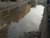 صور.. شكوى من غرق شوارع قرية الحلمية فى الشرقية