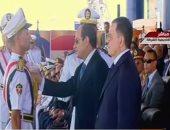فيديو.. الرئيس السيسي يكرم أوائل طلاب كلية الشرطة بحفل تخرجهم