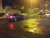 شكوى من كسر ماسورة مياه وغرق شارع المطافى بحلوان