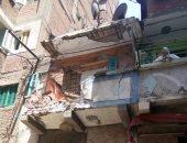انهيار جزئى بعقار وسط الإسكندرية دون إصابات وإخلاء السكان