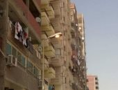 قارئ يرصد أعمدة الإنارة مضاءة نهارا بشارع ساحة تاج الدين بعين شمس
