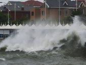 صور.. الإعصار أمبيل يضرب مدينة تشينجداو الصينية بعد شنغهاى