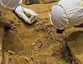 صور.. اكتشاف هيكل عظمى بلا رأس لـ مالك عبيد أمريكى عمره 350 عامًا