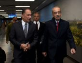 """شريف إسماعيل يصل إلى جنوب إفريقيا لرئاسة وفد مصر فى قمة """"بريكس"""""""