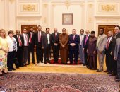 صور.. رئيس برلمان سريلانكا يستشهد بـ 3 أحداث على عمق العلاقات مع مصر