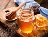 من غير كريمات ولا غسول.. وصفة طبيعية لبشرة نظيفة ونضرة بالصبار والعسل