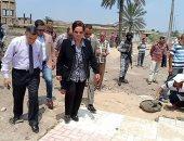 صور.. مياه الصرف تحاصر مساكن المجلس بالبحيرة وتعرض حياة الطلاب للإصابة بالأمراض